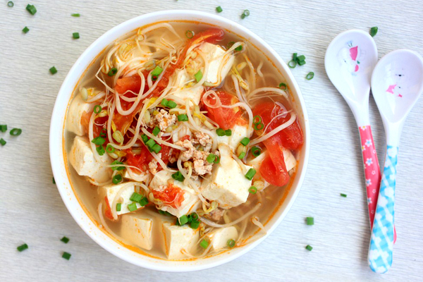Các món canh với thịt mát tăng cường dinh dưỡng trong mùa dịch