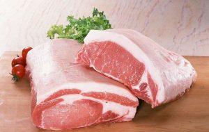 Quan sát màu sắc của thịt lợn sạch